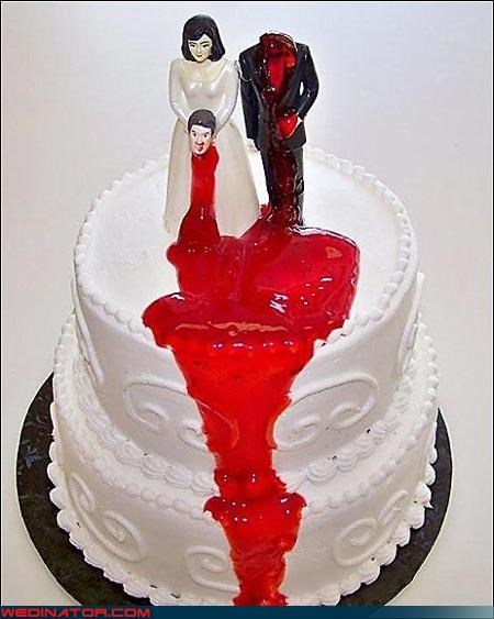 Crazy Brides,crazy cake topper,crazy groom,divorce cake,Dreamcake,eww,funny wedding picture,raspberry sauce,scary cake topper,scary wedding cake,scary wedding picture,surprise,technical difficulties,Wedding Themes,wtf,wtf is this
