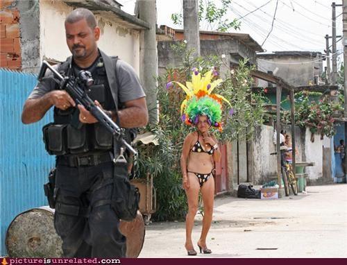 cops guns hats scary wtf - 3813881344