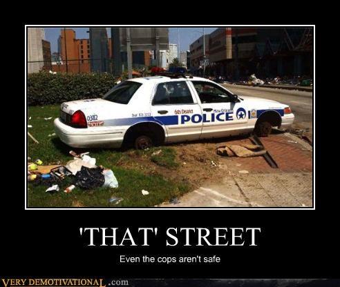 crime danger police robocop street Terrifying vandalism - 3817422848