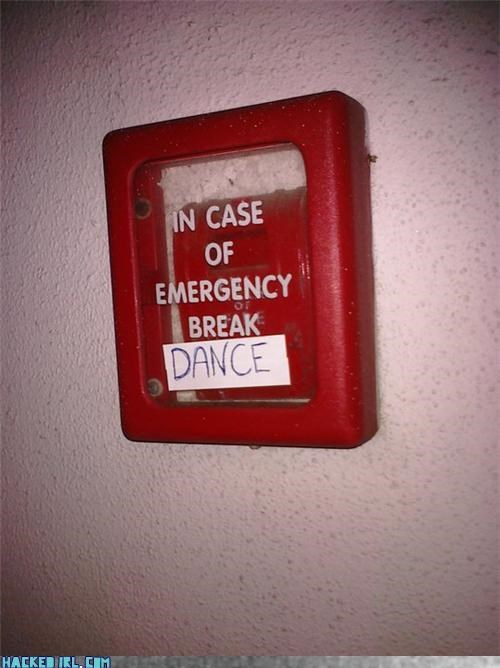 emergency - 3876711424