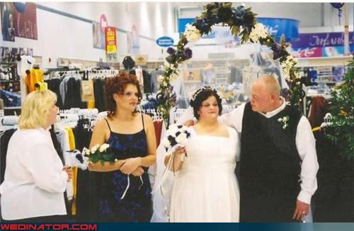 bridesmaid Crazy Brides crazy groom fashion is my passion funny wedding photos News and Trends redneck redneck wedding retail wedding picture retail wedding trend romance Walmart walmart wedding were-in-love Wedding Themes white trash wedding wtf - 3914066688