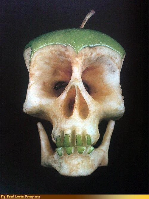 apple art carving fruit fruits-veggies healthy sculpture skull