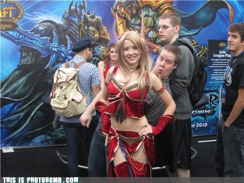 Animal Bomb,babe,cosplay,elves,PAX,photobomb,Warcraft