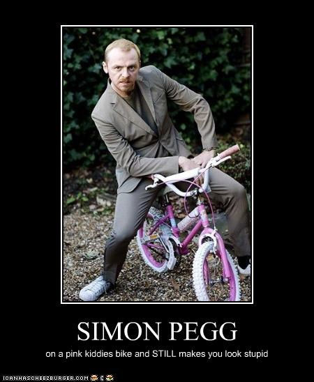 celebrity-pictures-simon-pegg-kiddie-bike lolz - 3942435840
