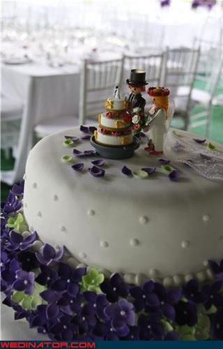cute cake topper Dreamcake funny wedding photos meta cake toppers meta wedding cake News and Trends themed wedding cake were-in-love wedding cake toppers wedding cake trend alert Wedding Themes wedding trend alert wtf - 3965127168