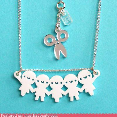 paperchain necklace
