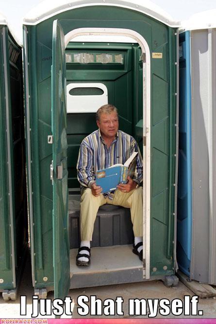actor bathroom lolz sci fi Shatnerday Star Trek toilet William Shatner - 3987677696