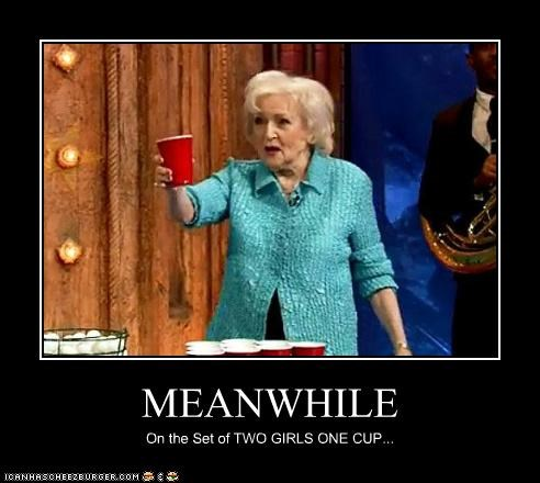 actress beer pong betty white dirty lolz old - 4009926912