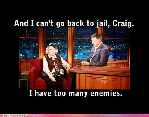 actress betty white comedian craig ferguson Extras prison - 4032326144