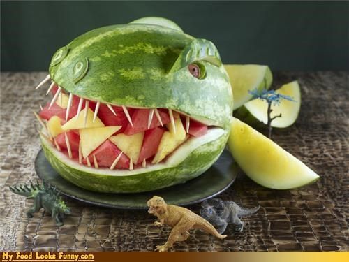 carved dinosaur fierce fruits-veggies melon teeth - 4037874944