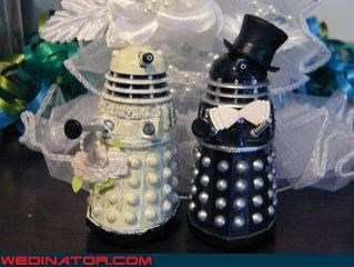 awesome wedding cake,bride,Dalek wedding cake,daleks,Doctor Who themed wedding cake,Doctor Who wedding cake,Dreamcake,funny wedding photos,groom,nerds,themed wedding cake,were-in-love,Wedding Themes