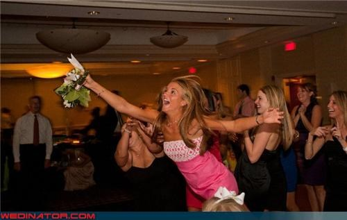 bouquet toss brides-bouquet catching the bouquet fashion is my passion funny bouquet toss picture funny wedding photos surprise technical difficulties - 4053025536