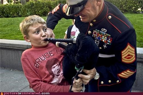 bagpipes kids kinda scary military wtf - 4065985536