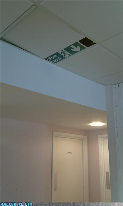 ceiling exit fire ninja - 4088020736