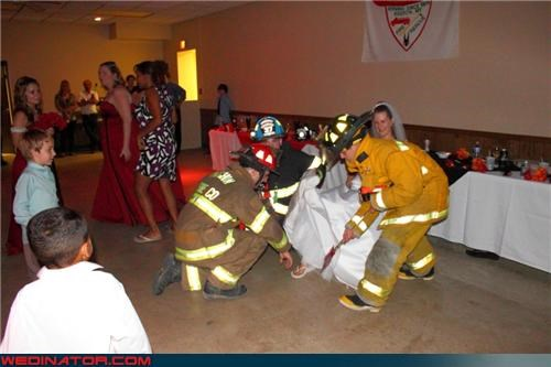 bad hose joke,Crazy Brides,crazy groom,eww,fireman groom,fireman wedding,funny garter picture,funny wedding photos,garter excavation,locating the garter,miscellaneous-oops,technical difficulties,upskirt,were-in-love,wtf
