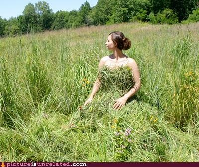 babe,costume,dress,fashion,grass,nature,wtf