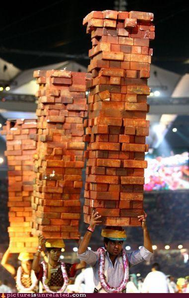 crazy hats jenga wood wtf - 4102222592