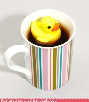 beverage,cup,duck,float,Kitchen Gadget,rubber duckie,tea