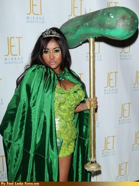 celeb,costume,halloween,jersey shore,pickle,snooki