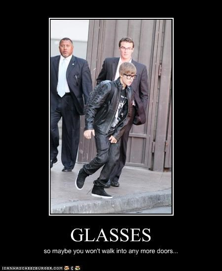 singers,FAIL,glasses,justin bieber,lolz
