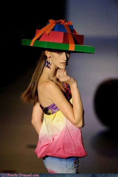 fashion gift model presents - 4133065984