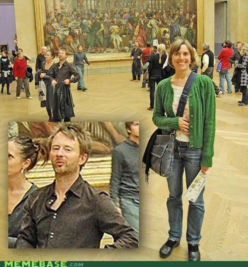 Memes,museum,photobomb,radiohead,Thome Yorke