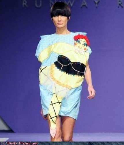 cartoon lady switcheroo T.Shirt twist - 4145350912