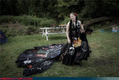 Crazy Brides,crazy wedding dress,fashion is my passion,funny wedding photos,hardcore wedding dress,metal bands wedding dress,surprise,tapestry wedding dress,Wedding Themes