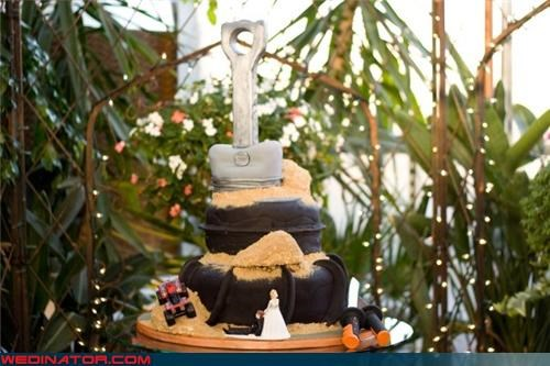 ATV wedding cake,bride,crazy wedding cake,Dreamcake,eww,funny wedding photos,groom,gross wedding cake,sand paddle tire cake,surprise,tire wedding cake,Wedding Themes,white trash wedding,wtf