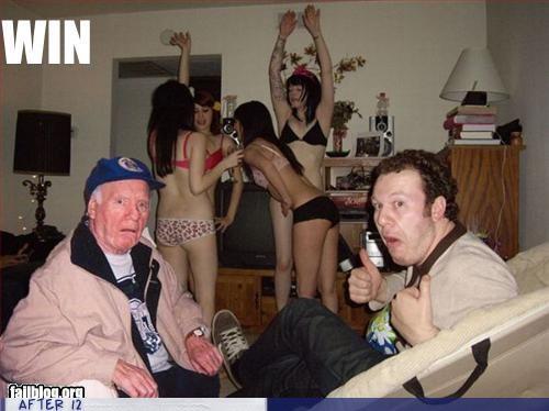confused girls undies old guy - 4154011904
