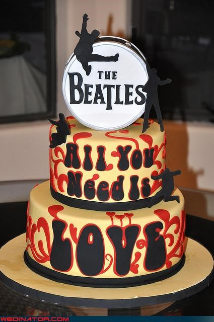 all you need is love wedding theme,amazing wedding cake,beatles themed wedding cake,beatles wedding cake,Dreamcake,funny wedding photos,Sheer Awesomeness,themed wedding cake,Wedding Themes