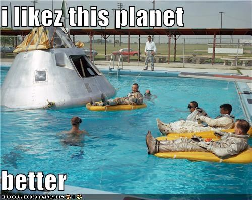 astronauts,capsule,pool,shuttle,space program,splashdown,training