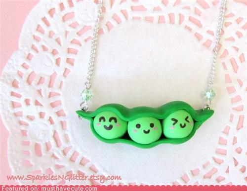 accessory faces green Jewelry necklace peas peas in a pod pod - 4168027392