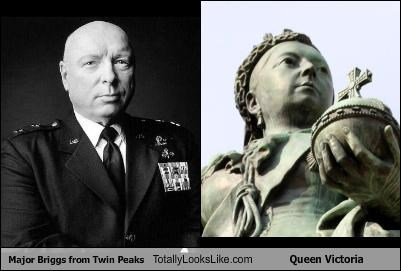 actor,don-s-davis,major briggs,queen victoria,statue,TV,Twin Peaks