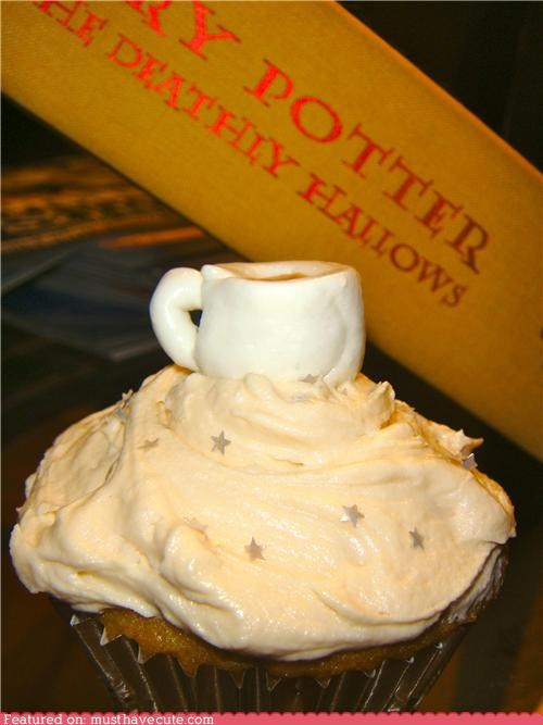 butterbeer butterscotch cupcakes decoration epicute fondant frosting Harry Potter mug sparkes stars - 4178092032