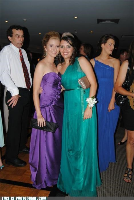 Awkward babes formal photobomb sexy times suavé tie - 4180056576