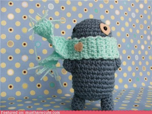 Amigurumi blue cold crochet figurine heart scarf wind winter