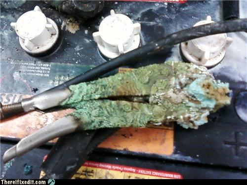 battery car clamps dangerous electricity rust - 4184474880