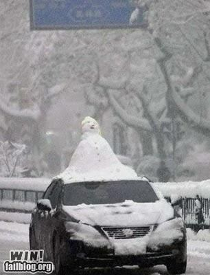 cars driving snow snowman winter - 4208429056