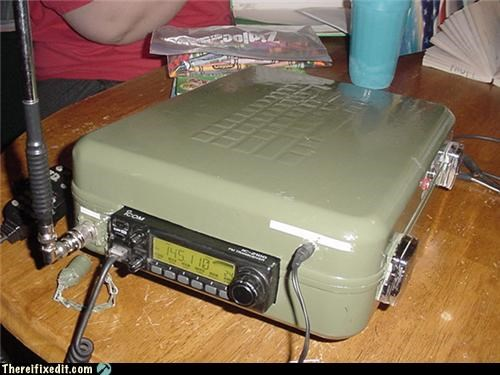 radio spy gadget suitcase - 4213165568