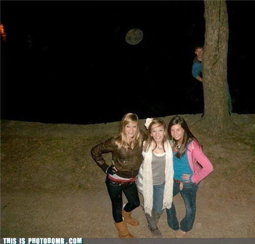 creeper,girls,groups,photobomb,trees