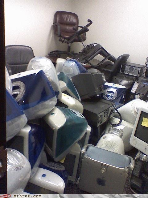 computer graveyard macintosh storage - 4219953920