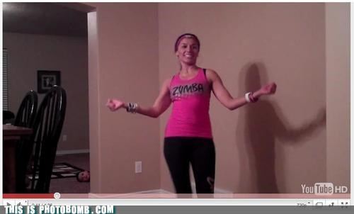 dancing hurt children lol photobomb work out gear Zumba - 4220750336