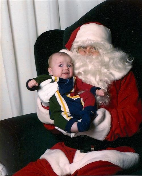 baby crying derp face mall santa scared tears