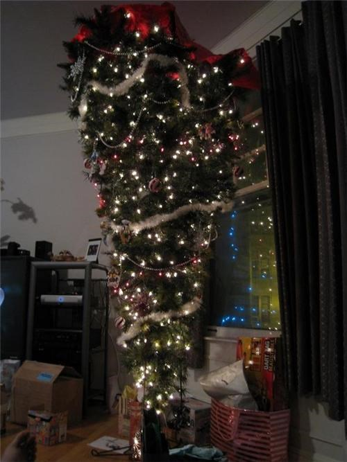 funny,presents,tree,upside down,wtf