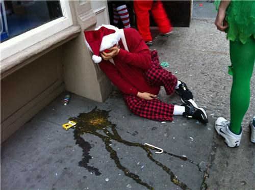 drunk gross Party puke santa scary - 4259842048