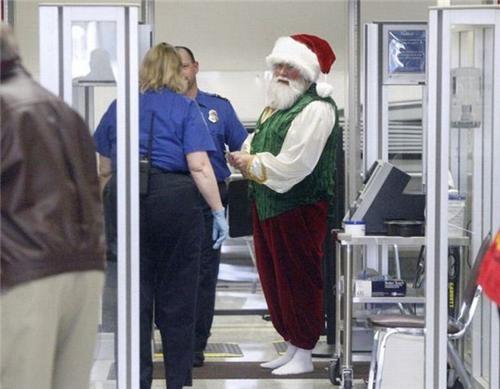 airport funny santa scans TSA - 4260009216
