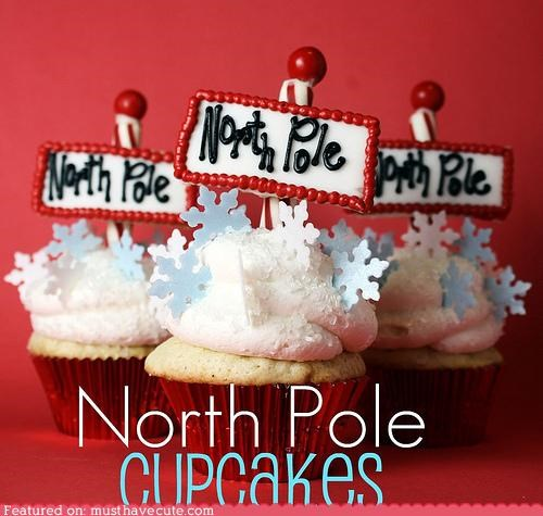 cupcake frosting north pole santa snow snowflakes - 4263599104
