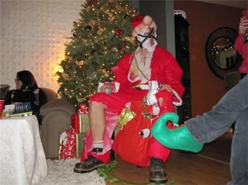 house santa scary weird wtf - 4272653568