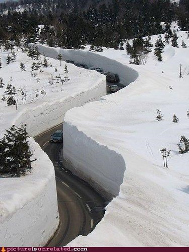 car extreme mountains shopped snow timely weather wtf - 4304475392